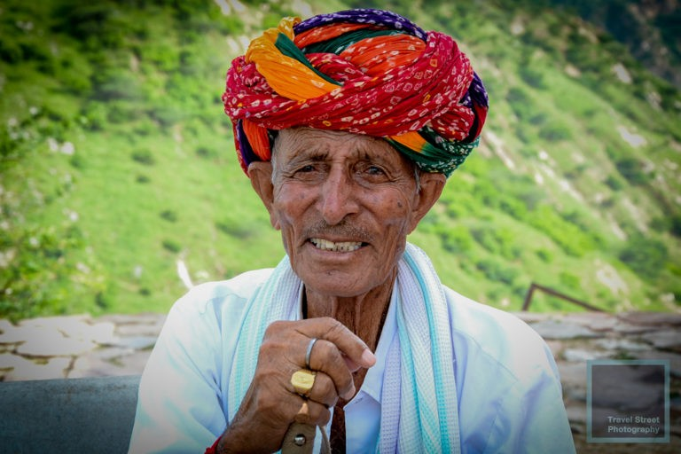 travel street photography gold silver copper rings jaipur india people portrait