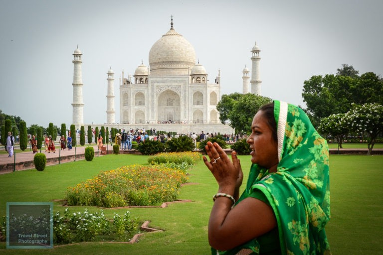 travel street photography taj mahal agra india people