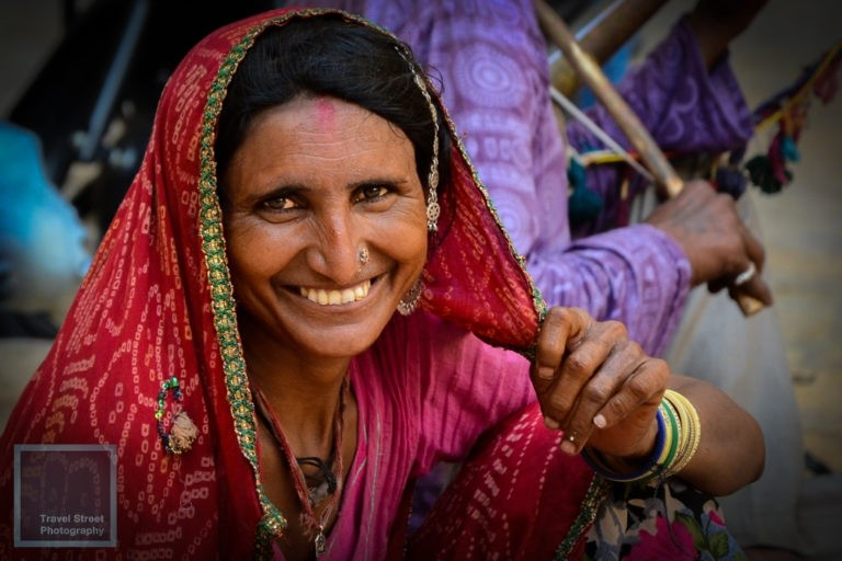 travel street photography smiling rajasthani woman jaisalmer india people portrait